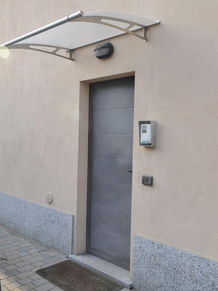 Porte per esterno grigie