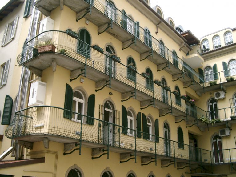 Serramenti e infissi su misura Pavia verdi